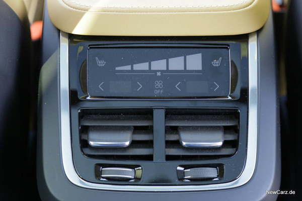 NewCarz-Volvo-XC90-2015 (35)