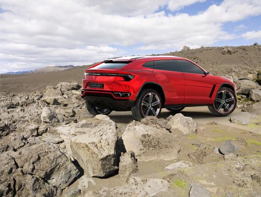 NewCarz-Lamborghini-Urus (4)
