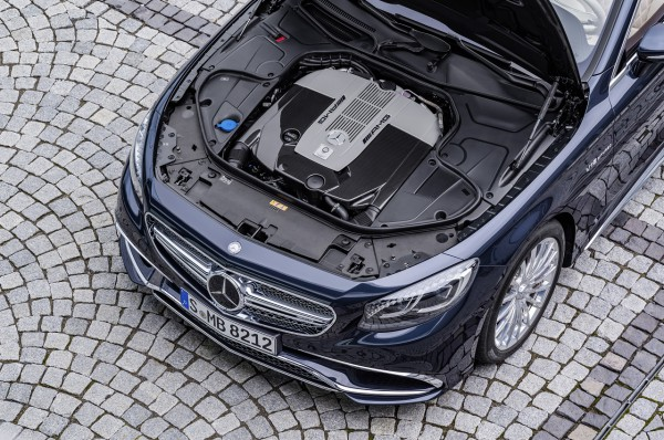 Mercedes-AMG S 65 Cabrio, V12-Biturbomotor, 463 kW (630 PS), 1000 Nm V12 biturbo engine,