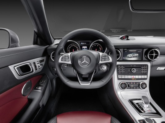 Mercedes-Benz SLC 300, Interieur, bengalrot/schwarz Mercedes-Benz SLC 300, interior, bengal red/black