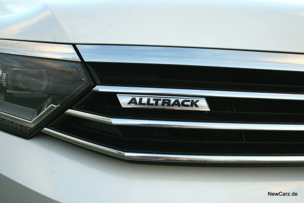 1-NewCarz-VW-Passat-Alltrack-04