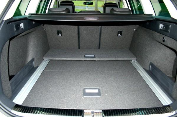 1-NewCarz-VW-Passat-Alltrack-12