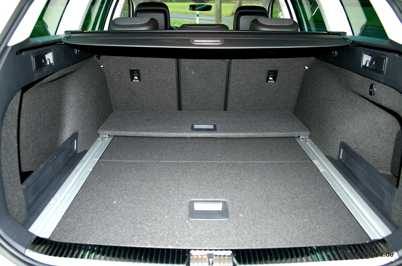 vw passat alltrack i fahrbericht i newcarz. Black Bedroom Furniture Sets. Home Design Ideas