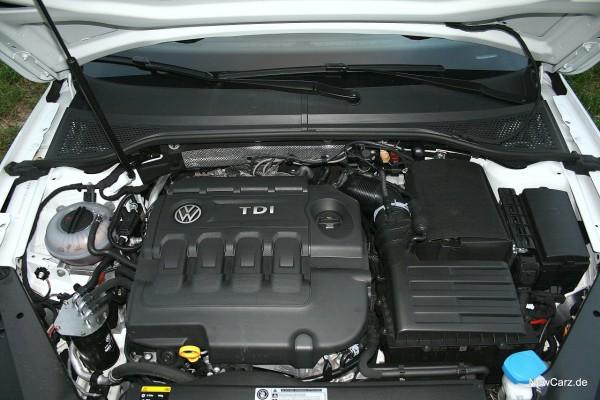 1-NewCarz-VW-Passat-Alltrack-18