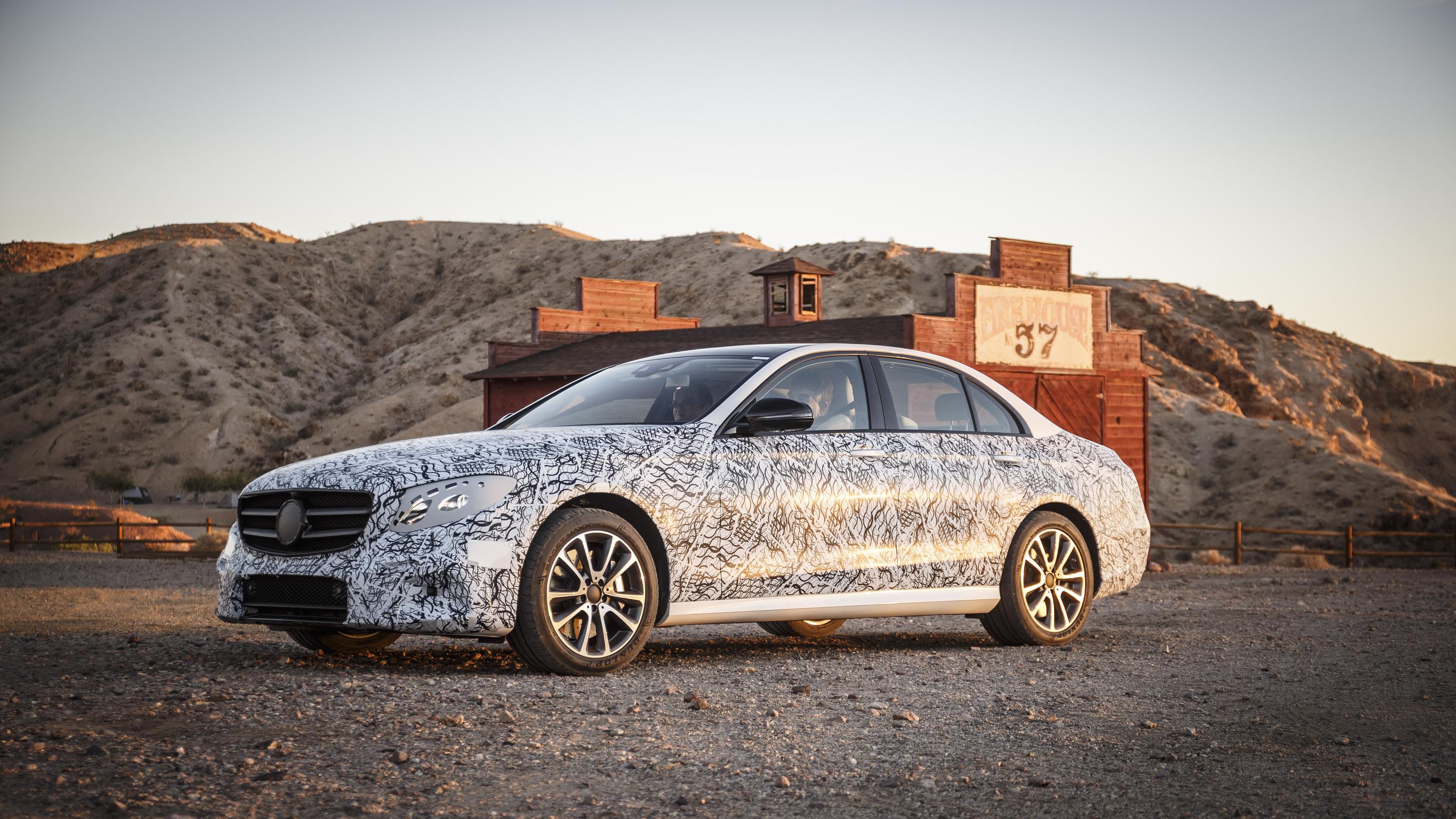 NewCarz-Mercedes-E-Klasse-2016