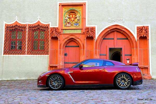NewCarz-Nissan-GTR (56)