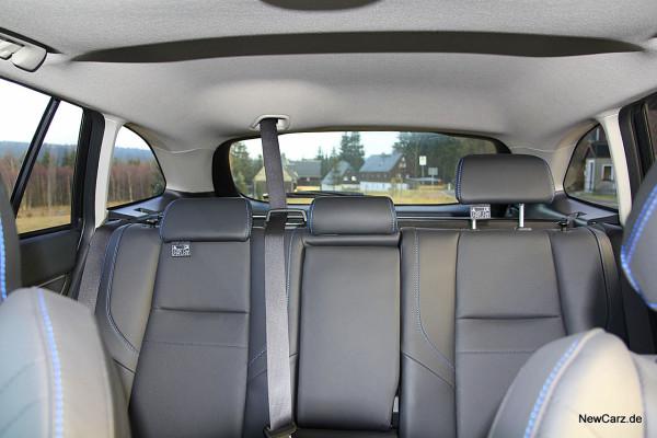 NewCarz-Subaru-Levorg (37)