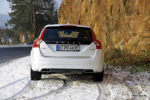 NewCarz-Volvo-V60-D6 (26)
