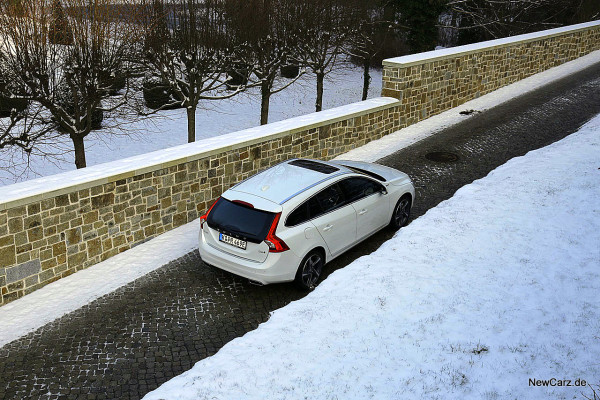NewCarz-Volvo-V60-D6 (36)