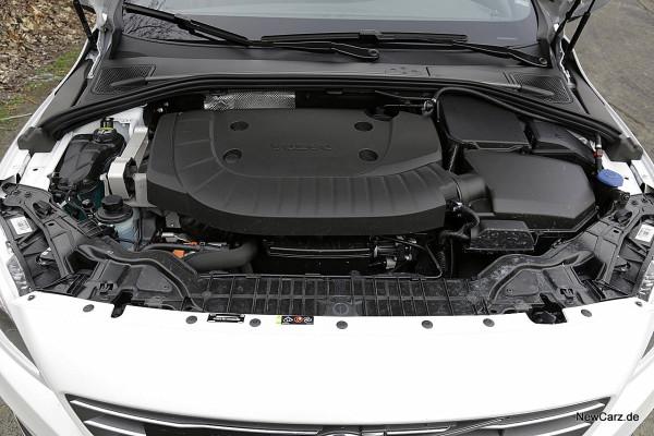 NewCarz-Volvo-V60-D6 (48)