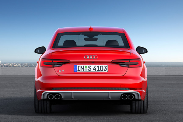 NewCarz-Audi-S4-2016-2
