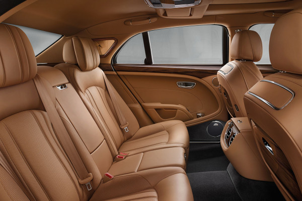 NewCarz-Bentley-Mulsanne-2016-4