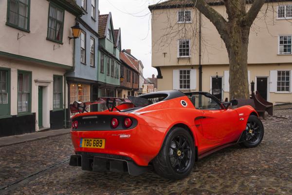 NewCarz-Lotus-Elise-Cup-250 (1)