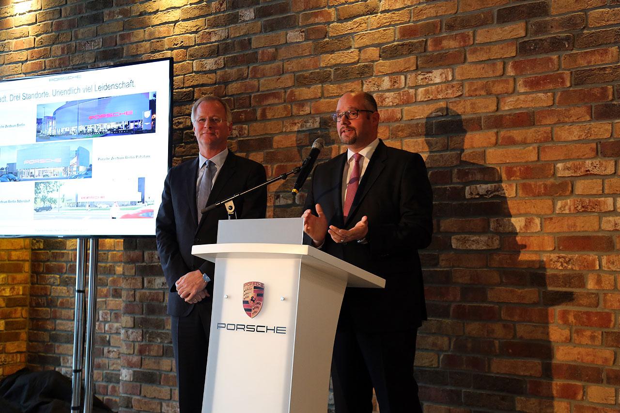 NewCarz Porsche Solarpylon Pressekonferenz