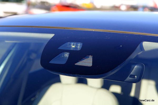 NewCarz-Volvo-V40-2016 (53)