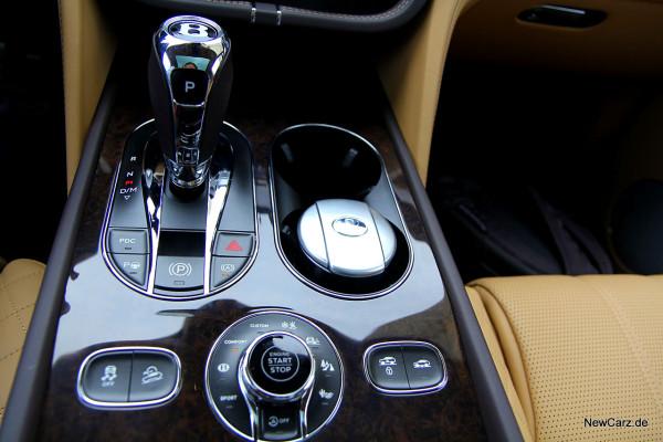 NewCarz-Bentley-Bentayga (20)