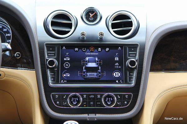NewCarz-Bentley-Bentayga (51)
