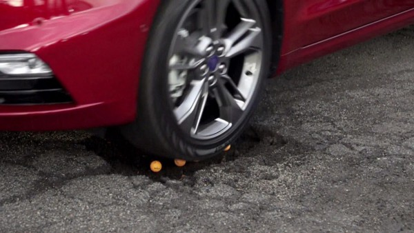 NewCarz-Ford-Fusion-V6-Sport-02