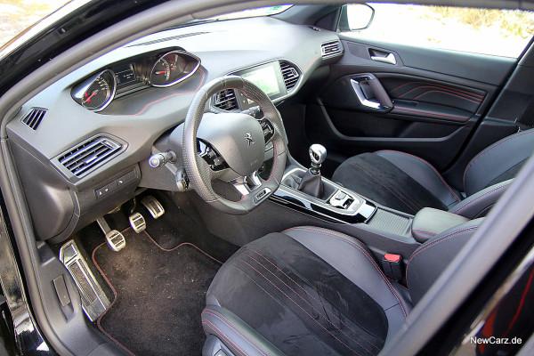 NewCarz-Peugeot-308-GT (11)