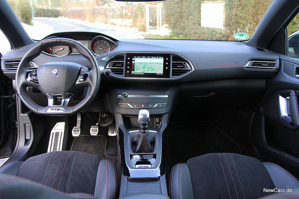 NewCarz-Peugeot-308-GT (12)