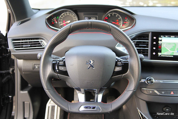 NewCarz-Peugeot-308-GT (13)