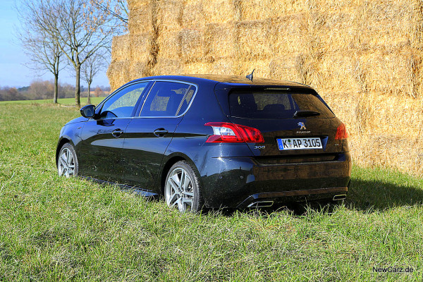 NewCarz-Peugeot-308-GT (45)