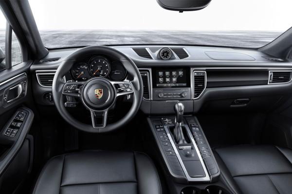 NewCarz-Porsche-Macan-2016-3