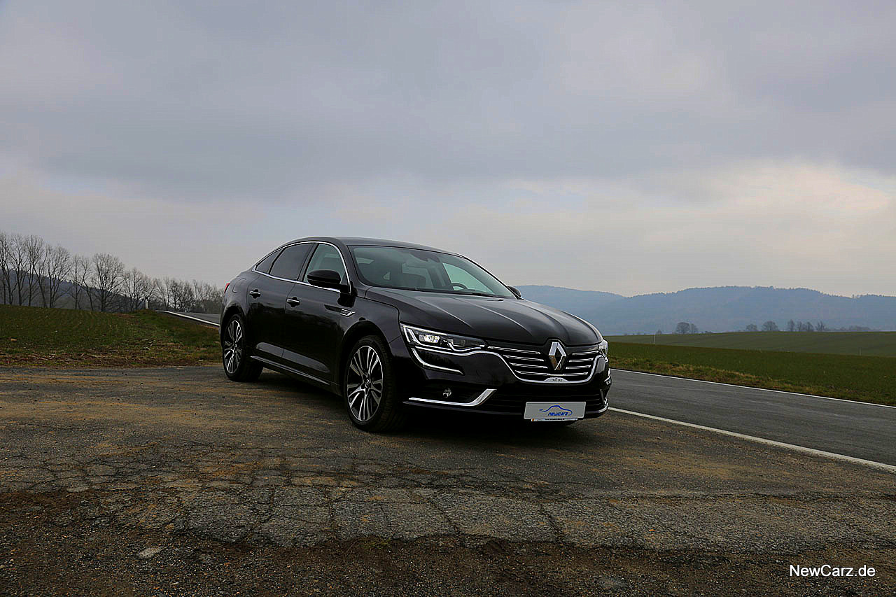 NewCarz-Renault-Talisman-Initiale