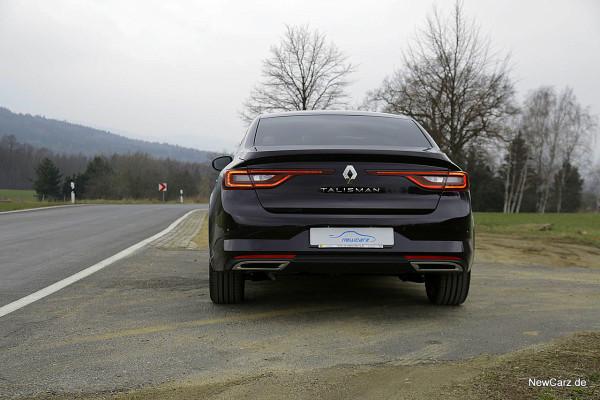 NewCarz-Renault-Talisman-Initiale-P (9)