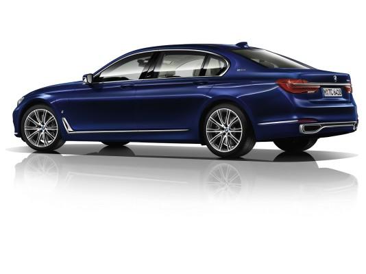 NewCarz-BMW-7er-Montblanc-02