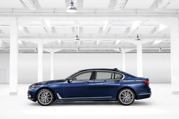 NewCarz-BMW-7er-Montblanc-08