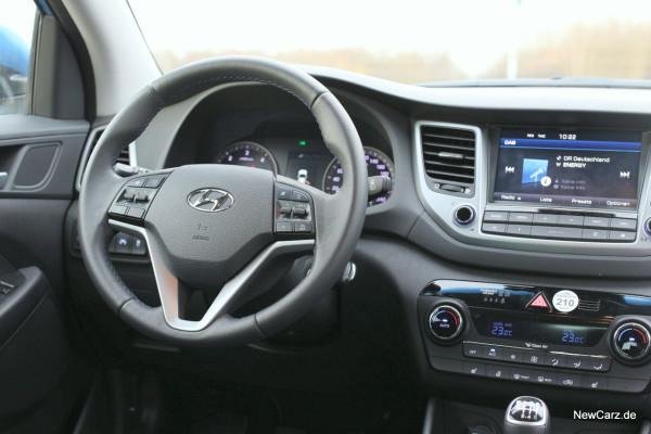 NewCarz-Hyundai-Tucson-FB-09