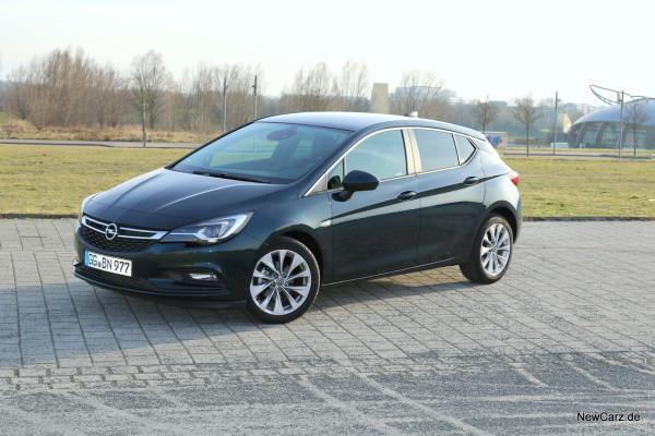 NewCarz-Opel-Astra-FB-06