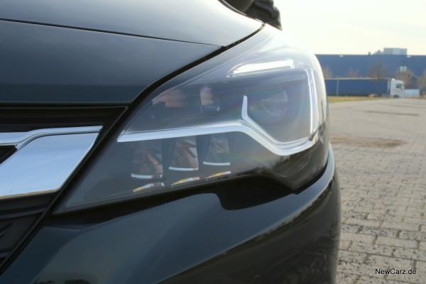 NewCarz-Opel-Astra-FB-08