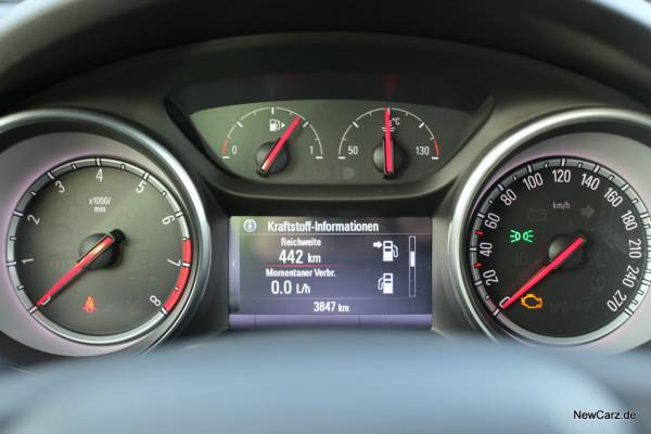 NewCarz-Opel-Astra-FB-10