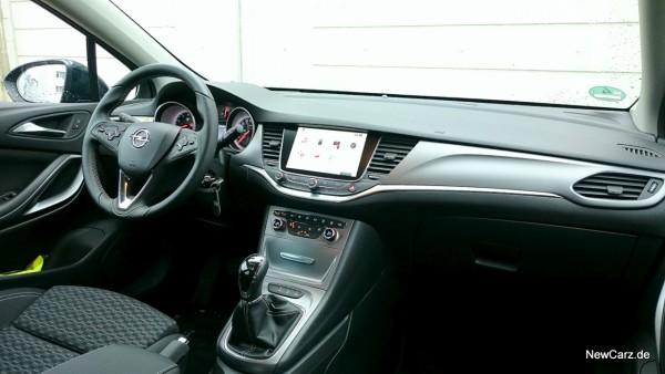 NewCarz-Opel-Astra-FB-15