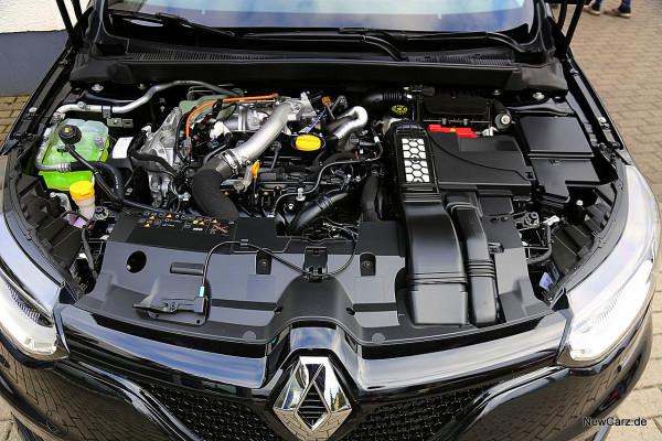 NewCarz-Renault-Megane-GT (15)