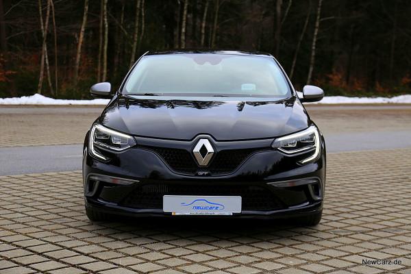 NewCarz-Renault-Megane-GT (22)