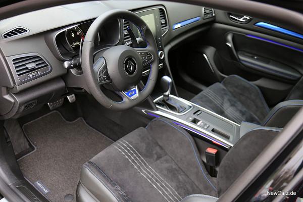 NewCarz-Renault-Megane-GT (9)