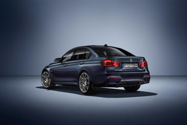 NewCarz-BMW-M3-30Jahre-5