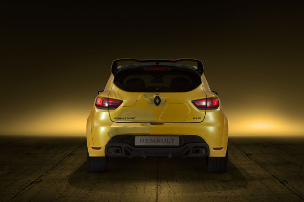NewCarz-Renault-Clio-RS16-2