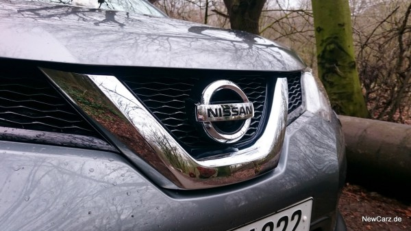 NewCarz-Nissan-X-Trail-FB-12