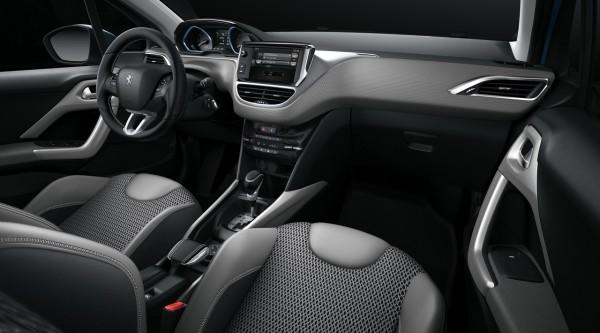 NewCarz-Peugeot-2008-14