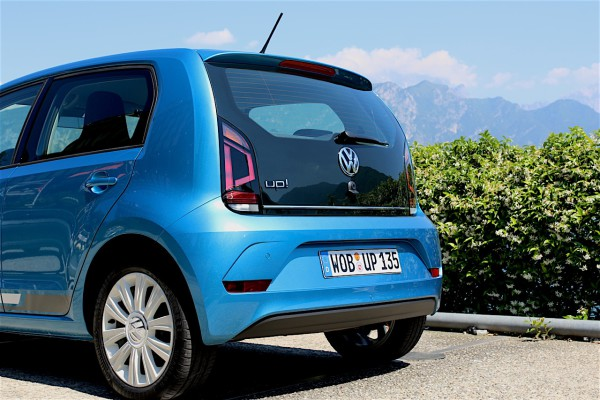 NewCarz-VW-Up!-FB-15