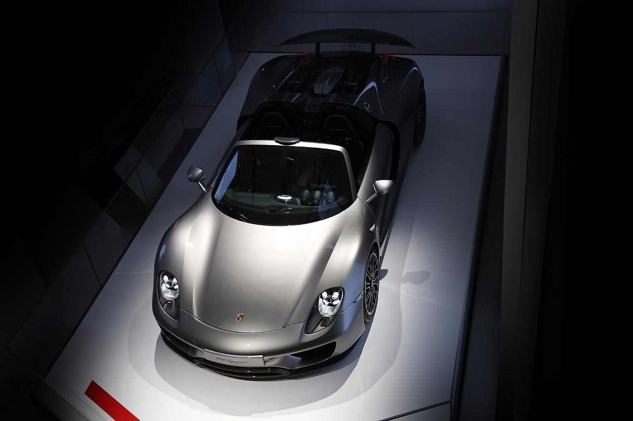 NewCarz Porsche 918 Spyder