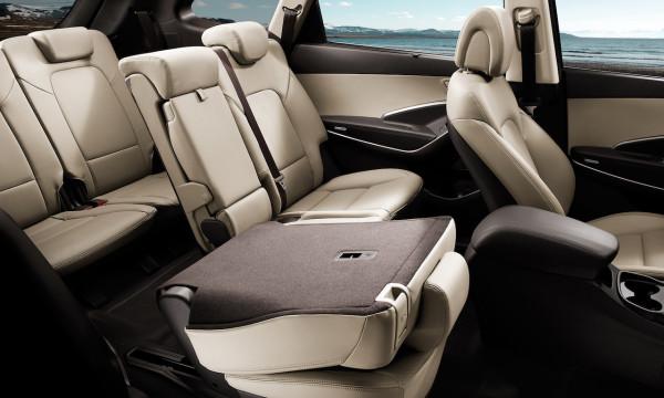 NewCarz-Hyundai-Grand-Santa-Fe-06