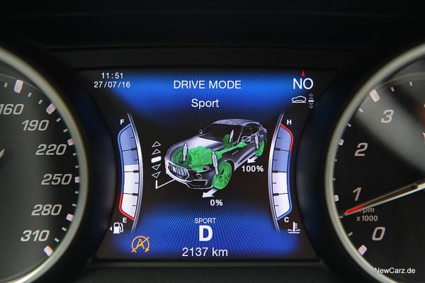 NewCarz-Maserati-Levante-2016 (33)