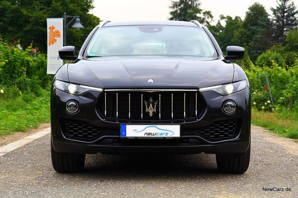 NewCarz-Maserati-Levante-2016 (40)