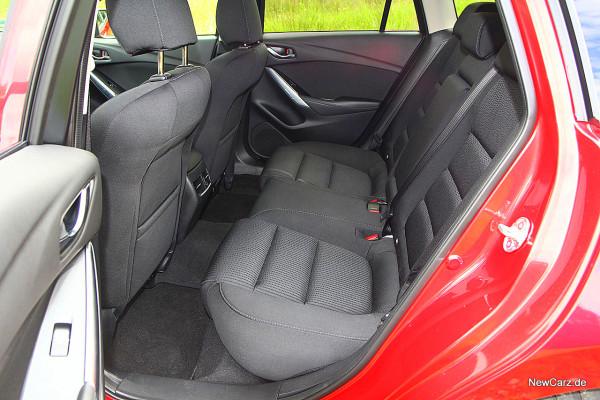 NewCarz-Mazda-6-Kombi (17)