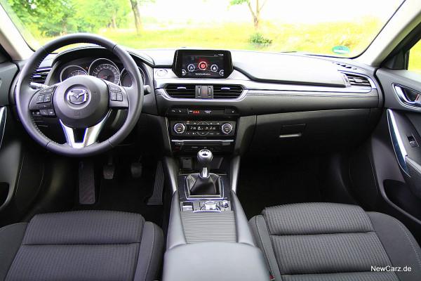 NewCarz-Mazda-6-Kombi (22)